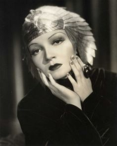 Claudette Colbert - Cleopatra 1934