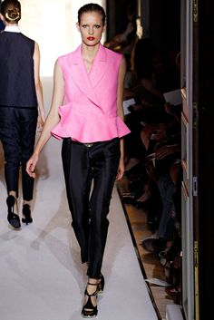 Saint Laurent Spring 2012 Ready-to-Wear Fashion Show - Nadja Bender (NATHALIE)