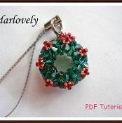 Swarovski Christmas Wreath Charm/Pendant - via @Craftsy