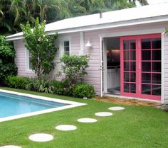 My beach house will def have a pink door! :)