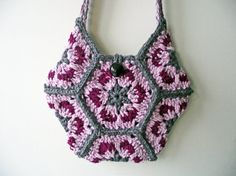 https://www.etsy.com/nl/listing/230441454/pink-grey-crochet-purse-lined-wool-bag
