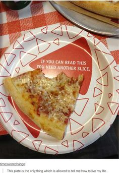 Funny pictures about The best plate for pizza. Oh, and cool pics about The best plate for pizza. Also, The best plate for pizza. Funny Signs, Funny Memes, Funny Quotes, Wise Quotes, Smosh, Funny Tumblr Posts, It Goes On, Have A Laugh, Laughing So Hard