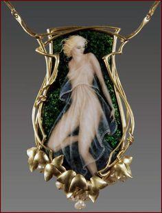 "Art Noveau Necklace ""Nymph"" Enamel,18k gold, bahrein pearls - 2 3/4""high"