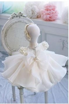 Girly Shop's White Beautiful Beaded Applique Round Neckline Floral Cap Sleeve Knee Length Big Bow Back Baby Infant Toddler Little & Big Girl Lace Dress
