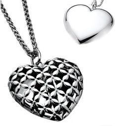 In love: 1e gehalte zilveren harthanger, tweezijdig te dragen, Zinzi! Opvallende grote hanger, 4,5 cm lang x 4,1 cm (gemeten zonder het hangoog).ZIH517