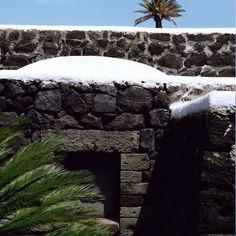 Atelier-M Living: Giorgio Armani - Beach House on Pantelleria