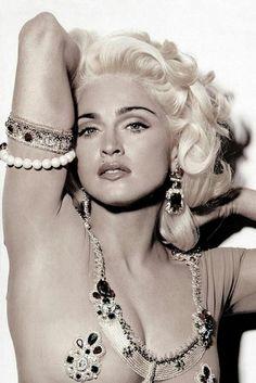 Madonna by Steven Meisel for Vogue 1991 for Glam Rock.By Bella Donna Steven Meisel, Divas, Robert Mapplethorpe, Madonna 80s, Madonna Photos, Madonna Hair, Madonna Vogue, Madonna Music, Madona