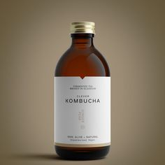 Bottle Mockup created these elegant product visuals for Clever Kombucha , a fermented tea brewed in Glasgow. The visuals were designed to compliment the brand's minimalist packaging design,. Drink Labels, Jar Labels, Bottle Labels, Juice Packaging, Bottle Packaging, Coffee Packaging, Bottle Mockup, Packaging Stickers, Cosmetic Packaging