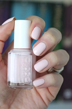 Essie Spring 2014 Hide & Go Chic Collection : Swatches & Comparisons Pale Pink Nails, Blush Nails, Light Pink Nails, Essie Nail Polish Colors, Essie Nail Colors, Nail Polishes, Nail Colour, Nail Nail, Toe Nails