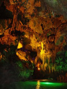 ✯ Magical world of Benxi Water Caves in Liaoning, China