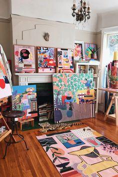 Links + Likes: Mary Finlayson's Studio, Pad See Ew, Backyard Goals, and an Iced Horchata Latte Painting Inspiration, Art Inspo, Art Studio Room, Art Studio Design, New Wall, Art Studios, Art Projects, Art Drawings, Illustration Art