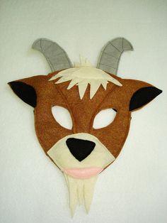 Animal de granja de cabras de los niños sentía máscara