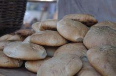 Pan Amasado, Chilean Kneaded Bread...Riquisimo con mantequilla y calientito :)