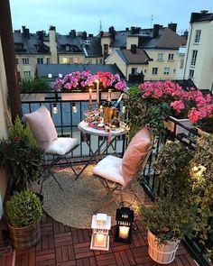 Small Balcony Design, Small Balcony Garden, Small Balcony Decor, Balcony Decoration, Balcony Ideas, Small Balconies, Balcony Gardening, Narrow Balcony, Modern Balcony