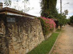 Novas residências de Tiradentes, Minas Gerais    Foto: Pedro Andrade