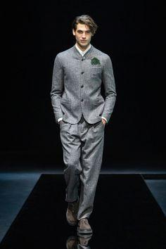 Giorgio Armani Fall 2021 Menswear Collection | Vogue Giorgio Armani, Armani Collection, Couture Collection, Leopard Jacket, Fashion Show, Mens Fashion, Beautiful Poetry, Milano Fashion Week, Milan Fashion