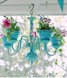 Lately, I've been enjoying browsing some DIY garden ideas that have been really inspiring. There are so many creative ideas out there that I would love to try my hand if I'd only get enough time for some projects. Luckily,…