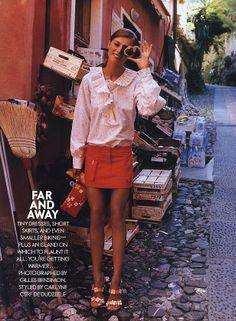 Elle December 2001