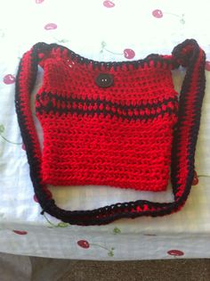 Crochet small hand bag