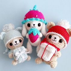 Пара простых изменений в схеме - и готов абсолютно новый персонаж)) Описание мишки есть в группе вк, а кролик отличается лишь длиной ушек и обвязкой шапки)) #weamiguru #amigurumidoll #amigurumi #あみぐるみ #амигуруми #crochetdesigner #crochetlove #instacrochet #kawaiibear