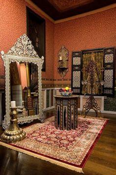Royal Crown Jewels, Kosem Sultan, Royal Dresses, Room Ideas Bedroom, Ottoman Empire, Nature Pictures, Lgbt, Istanbul, Dubai