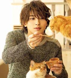 Japanese Drama, Japanese Boy, Pretty Men, Beautiful Men, Takeru Sato, Asian Cute, Yokohama, Actor Model, Good Looking Men
