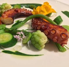 "71 Likes, 1 Comments - @MyLastBite Jo Stougaard (@mylastbite) on Instagram: ""Another favorite from last night... ""Octopus In The Garden"" 🐙🌱 @QuintessenzaRistorante in #Trani…"""