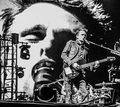 Glen Rowe on Twitter: the drones are going to get you... great photo of @MattBellamy @muse from @R1BW last month.