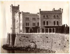 Italie, Trieste, Castello Miramar     #Europe #Italia #Italie_Nouveautés
