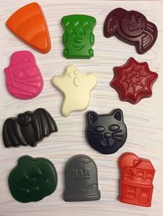 Halloween crayons * party favors * goodie bags * trick or treat * candy corn * spider * gravestone * haunted house * black cat * bat * ghost * goblin * mummy * pumpkin * frankenstein