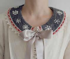 tinytoadstool embroidered collar <3