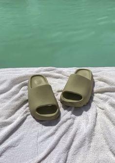 Pistachio Green, Instagram Frame, Summer Pool, Pool Slides, Good Vibes, Minimalism, Bright, History, Wallpaper