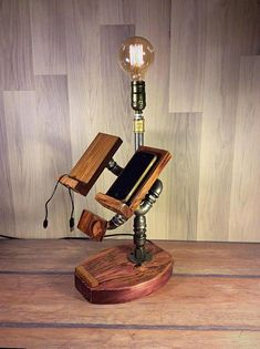 Cheapest Furniture Market In Kolkata Industrial Style Lamps, Rustic Lamps, Rustic Lighting, Rustic Decor, Steampunk Table, Lampe Steampunk, Housewarming Gifts For Men, Lampe Edison, Punk Decor