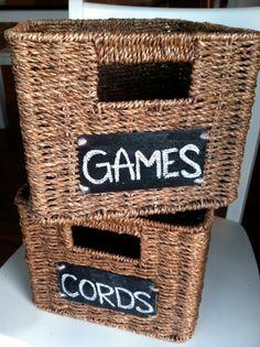 basicallybrandy: DIY Chalkboard Basket Labels