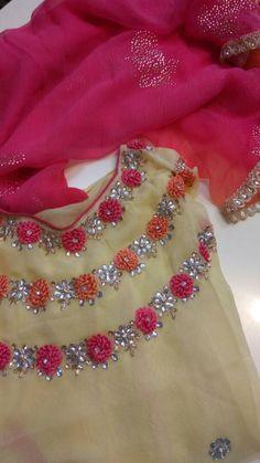 Embroidery On Clothes, Embroidery Fashion, Embroidery Dress, Hand Embroidery, Embroidered Blouse, Simple Kurta Designs, Kurta Designs Women, Salwar Designs, Cut Work Blouse