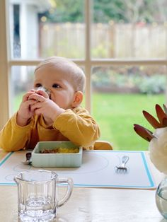 A stage-by-stage guide to supporting babies and toddlers as they are able to use forks, spoons, and cups. Toddler Friendly Meals, Starting Solid Foods, Social Emotional Development, Introducing Solids, Programming For Kids, Baby Learning, Montessori Activities, Baby Grows, Our Baby