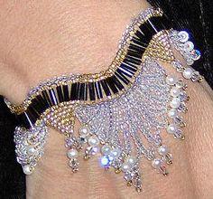 Night on the Town Bracelet Pattern at Sova-Enterprises.com Many FREE Bead Patterns available!