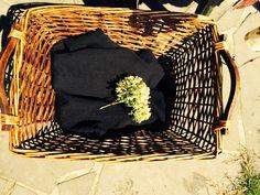 sponsored by Het Hinkelspel & Roomer Bvba  Swishing at yours?  Heb jij het er ook al met jouw vriendinnen over gehad om samen een kledingruil te organiseren?  http://www.swishing.be/agenda/activiteit/swishing-at-yours