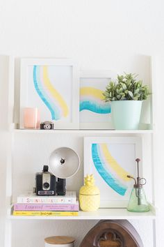 Make this simple paint scrape art in minutes for beautiful art you can hang on your walls! Diy Interior, Diy Home Decor Bedroom, Room Decor, Fly On The Wall, Homemade Home Decor, Diy Camping, Diy Arts And Crafts, Diy Wall Art, Kids Decor