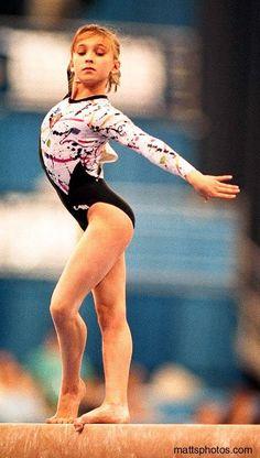 Roza Galieva - Dawwh she`s so cute Gymnastics Flexibility, Acrobatic Gymnastics, Sport Gymnastics, Artistic Gymnastics, Olympic Gymnastics, Olympic Badminton, Olympic Games Sports, Gymnastics Posters, Gymnastics Pictures