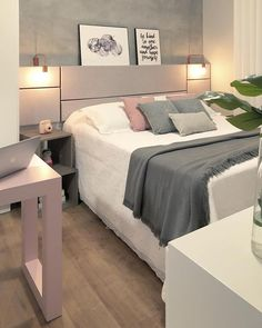In a farmhouse design, the side table seems to have important roles that are unreplaceable. The farmhouse side table is Cute Dorm Rooms, Cool Rooms, Master Bedroom, Bedroom Decor, Bedroom Ideas, Decoration Design, Fashion Room, New Room, Living Room Designs