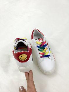 Mua giày nữ đẹp online ở đâu - Nhìn là cười thôi !!!