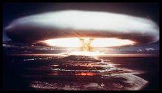 """Físico nuclear: """"Há muitas armas nucleares no mundo"""" ~ Disso Voce Sabia?"""
