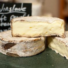 Winslade cheese by Hampshire Cheeses (home of the formidable champion cheese, Tunworth) Available online from The Courtyard Dairy. Smelly Cheese, Food Suppliers, Queso Cheese, Cooking Temperatures, Milk Protein, Melted Cheese, Pain, Camembert Cheese, A Food