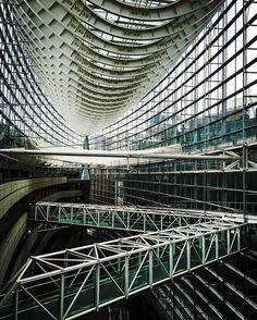 #東京 #日本 #japan #japon #giappone #tokyo #tokio #london #paris #newyork #abstract #lines #travelgram #art #design #architecture #engineering #asia #asie #pin #l4l