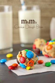 M&M's Cookie Dough Bites are an easy to make dessert recipe with egg-free cookie dough. Loaded with M&M's, these are sure to be a favorite of every chocolate & cookie dough lover around. Easy To Make Desserts, Sweet Desserts, Just Desserts, Delicious Desserts, Yummy Food, Candy Recipes, Sweet Recipes, Baking Recipes, Dessert Recipes
