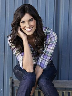 Unofficial website for the actress Daniela Ruah, currently starring in the CBS series NCIS Los Angeles. Daniela Ruah, Ncis Los Angeles, Ncis La Kensi, Massachusetts, Serie Ncis, Kensi Blye, Eric Christian Olsen, Welcome Baby Boys, Mode Chic