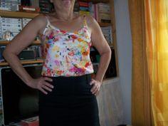 Top Baïlen - coton du marché - patron gratuit pour top et robe http://www.paulinealicepatterns.com/hautrobe-bailen?language=fr