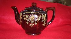 SOLD - Beautiful vintage made in Japan Teapot, good condition