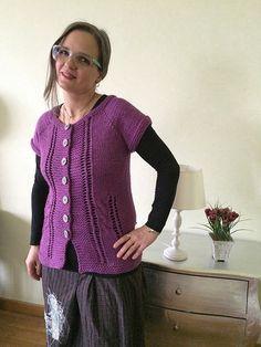 emmafassioknitting: Dolce Verona pattern Verona, Knitting, Lana, Pattern, Sweaters, Tops, Fashion, Moda, Tricot